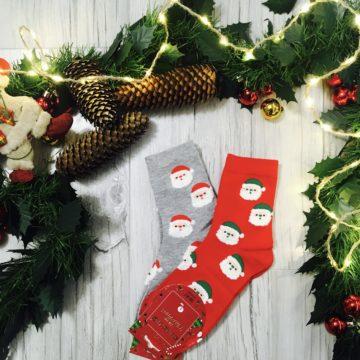 Świąteczne skarpetki damskie w Święte Mikołaje